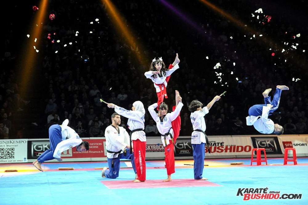 Démonstration en souplesse pour la jeune équipe de Taekwondo Andalous
