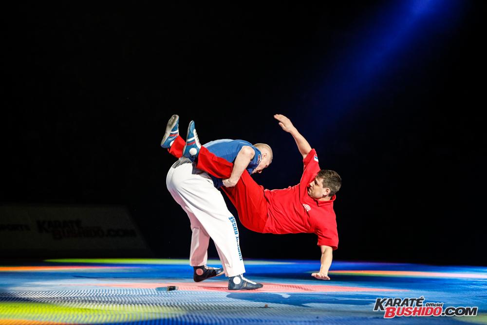 Combat russe au Festival des Arts Martiaux