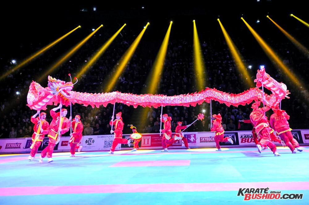 Le dragon chinois au Festival des Arts Martiaux