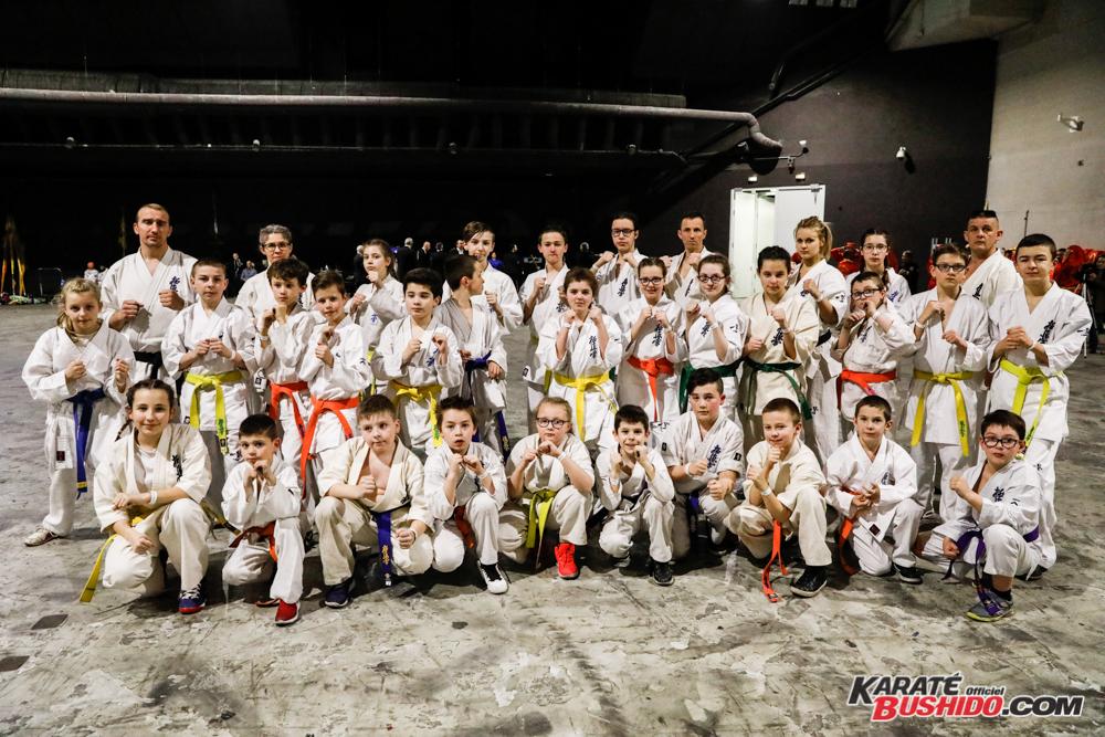 Les élèves de Franck Péretel en Kyokushinkai