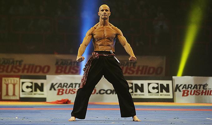 flash franck ropers sera au festival des arts martiaux nord europe karate bushido. Black Bedroom Furniture Sets. Home Design Ideas
